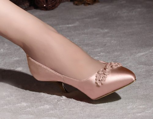 DZLW-Womens-Elegant-Satin-Bridal-Wedding-Kitten-Heel-Pump-Shoes-with-Unique-Chinese-Knot-Champagne-4.5UK-2